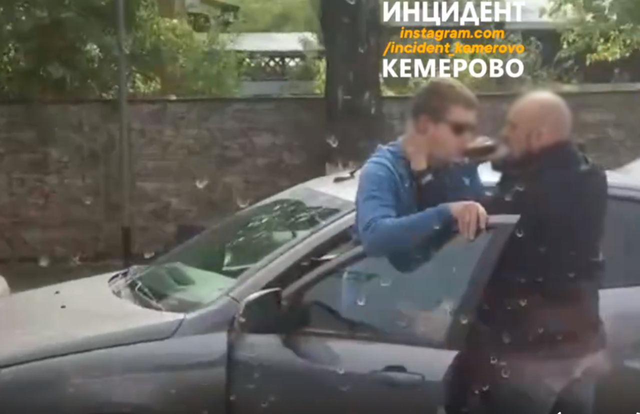 Слитое домашнее порно молодой пары из Кемерово