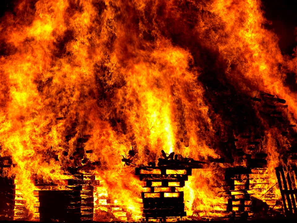 Пожар в Истре: Младенец погиб и трое детей пострадали