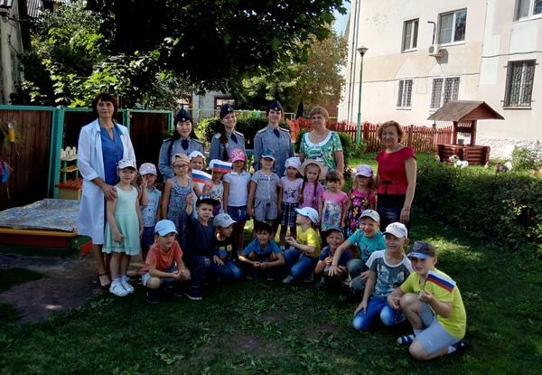 Курсанты академии ФСИН провели познавательный праздник для дошкольников