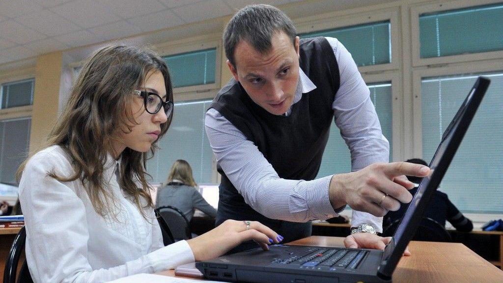 В Карелии ищут учителя: зарплата – 2 тысячи рублей