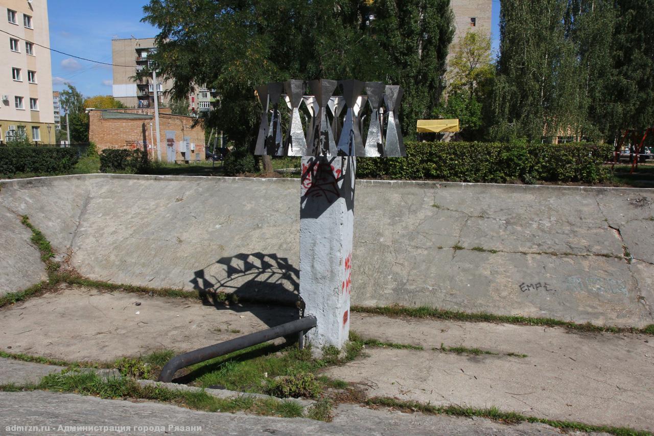 Рязанцам предлагают выбрать план благоустройства площадки за КДЦ «Октябрь»