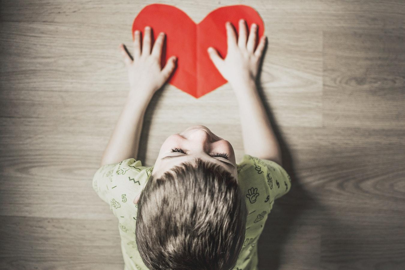 В Рязани провели опрос: может ли один родитель воспитать счастливого ребёнка