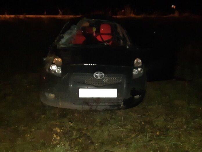 Под Тверью разбился юноша, которого мать отправила в магазин на авто
