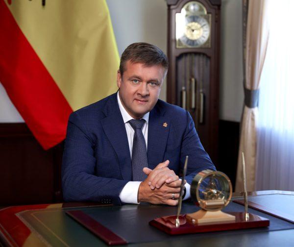 Николай Любимов рассказал об участии в акции «Елка желаний»