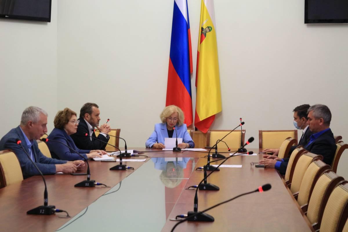 Члены фракции «Единая Россия» в Рязанской Облдуме обратились к губернатору по вопросу снижения налоговой нагрузки на малый и средний бизнес
